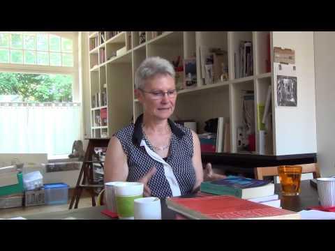 Mips Meyntjens over de terughoudendheid tegenover lesbiennes in de vrouwenbeweging